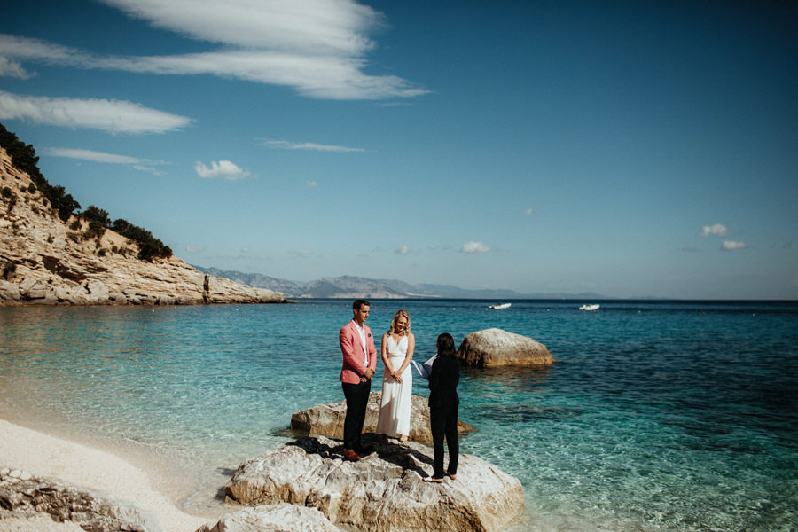 elopement beach sardinia