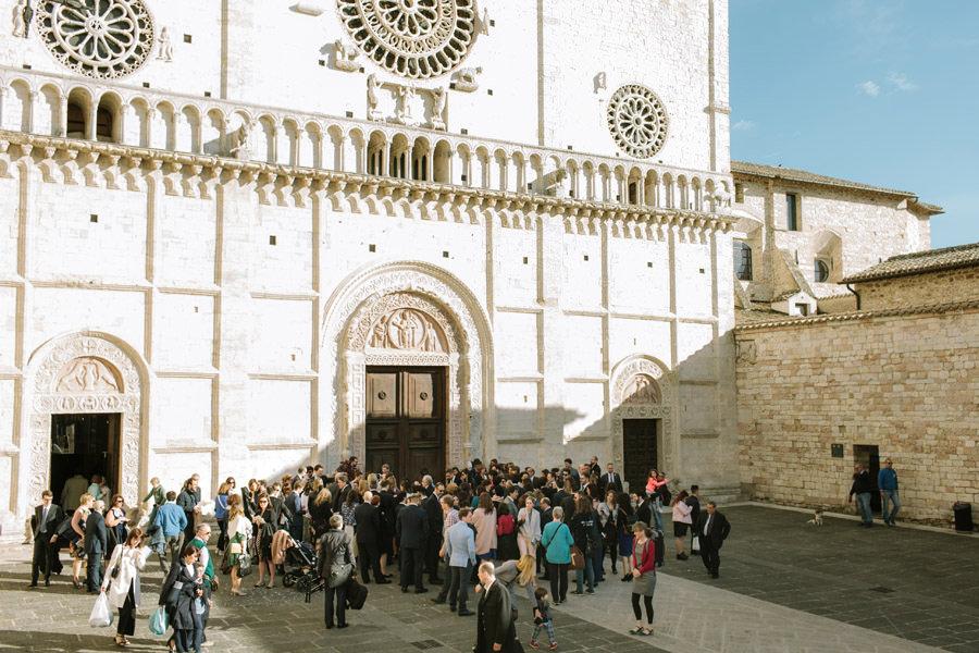 cathedral san rufino wedding