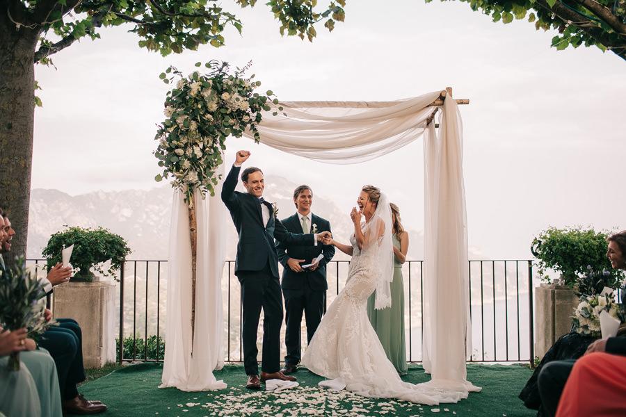 villa eva wedding set
